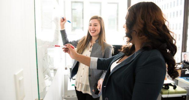 Las claves de great place to work para que los empleados de una empresa se sientan orgullosos de su trabajo